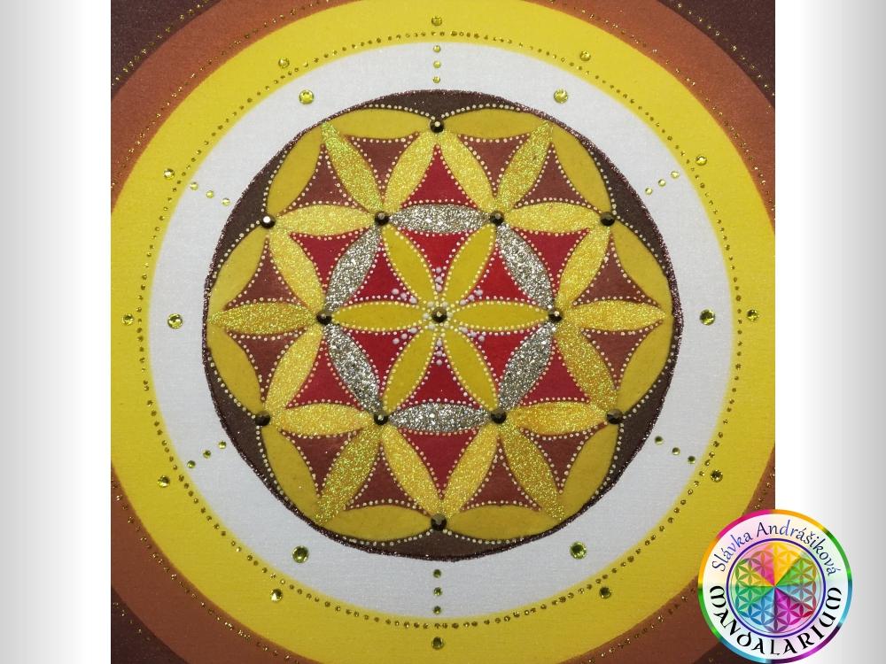 žltá mandala piesková mandala
