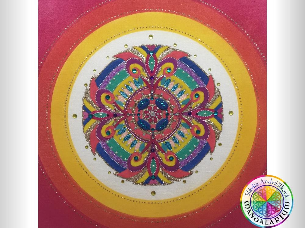 Mandalarium svet ručne tvorených pieskových mandál piesková mandala